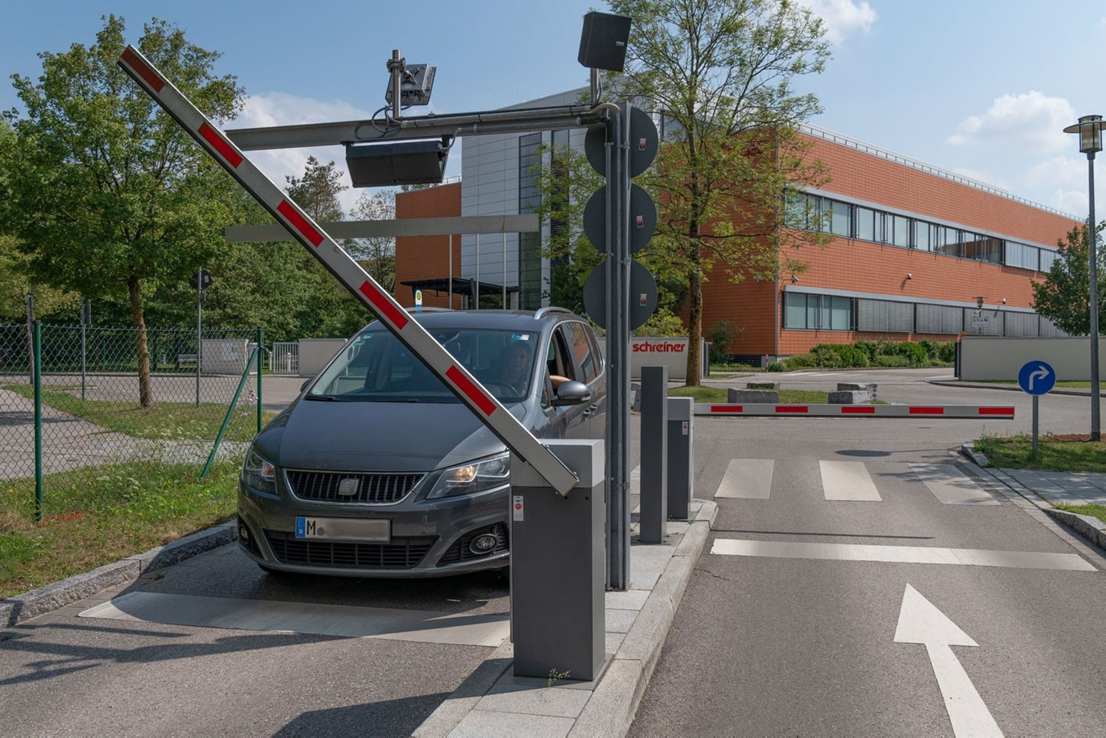 RFID solution from FEIG automates vehicle access control at Schreiner Group headquarters